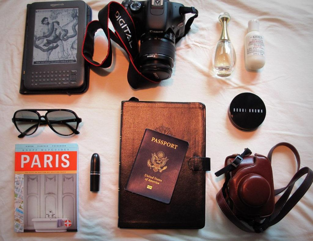 The BEST Paris souvenirs to bring home from France